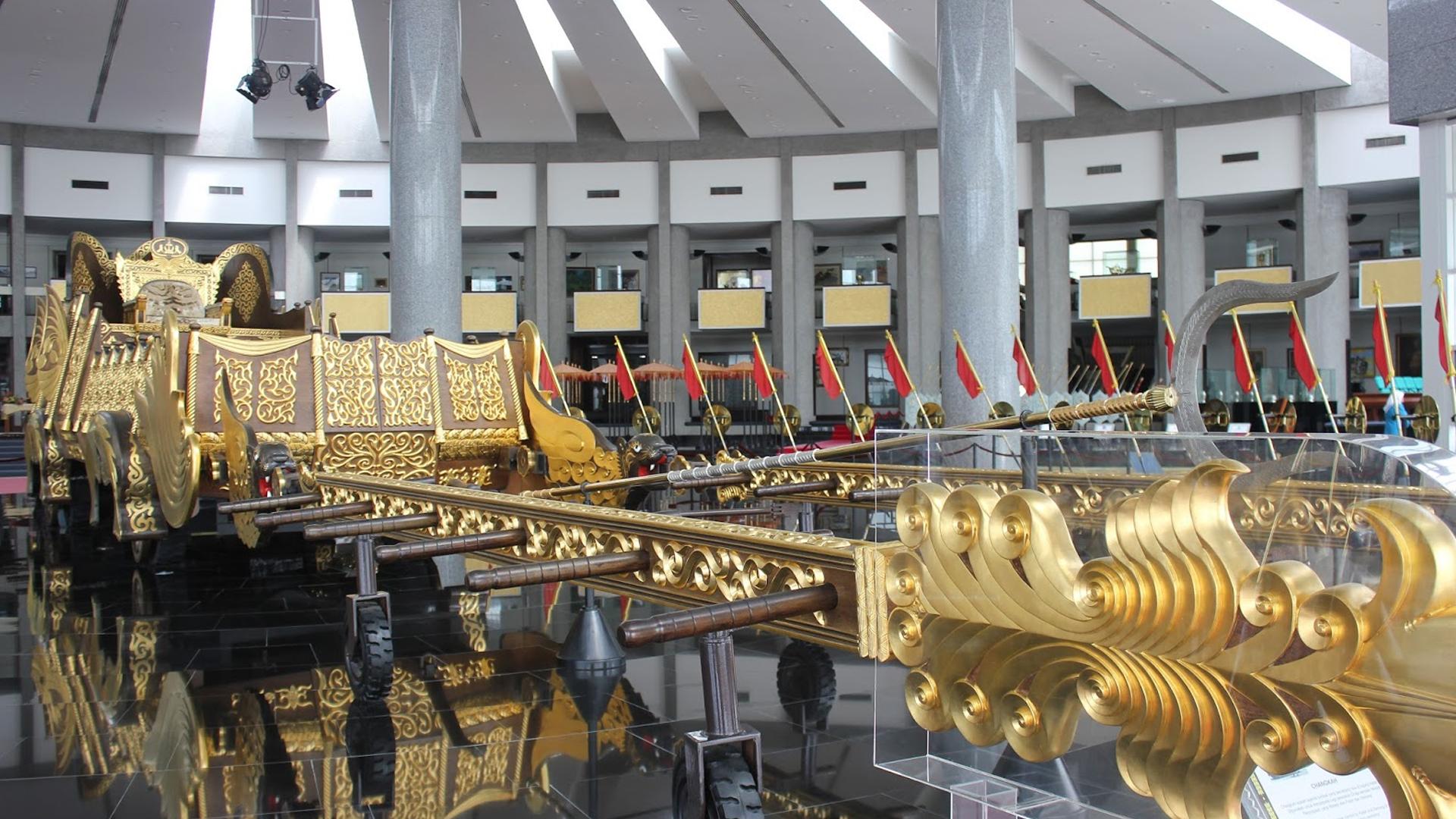 Brunei Bandar Seri Begawan Heritage Drive Tour Pan